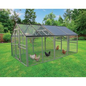 Universal Chicken Pen From Tractor Supply Chicken Pen Pets Building A Chicken Coop