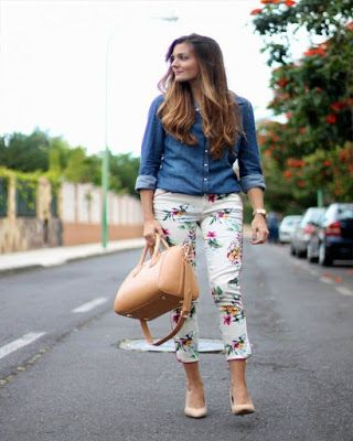 Cute Casual chic outfits always attract the eyes of right men and they admire aptly dressed females for their cute and chic look.