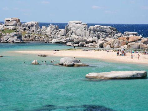 Les plages paradisiaques des îles Lavezzi (Corse)