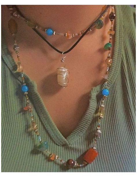 Image in J E W E L R Y collection by O H H O N E Y #pretty #jewellery #boho #prettyjewelleryboho Mode Hippie, Hippie Vibes, Hippie Style, Hippie Boho, Hippie Jewelry, Cute Jewelry, Jewelry Accessories, Boho Jewellery, Trendy Jewelry