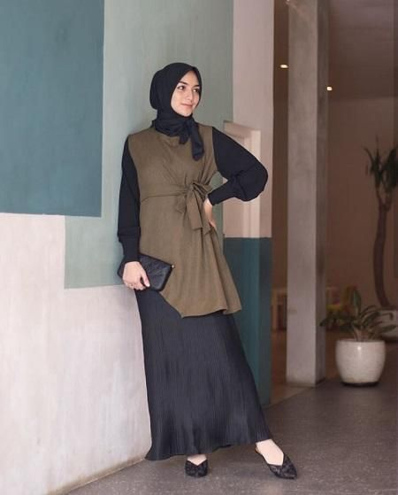 Pilihan Gamis Untuk Bumil Ala Citra Kirana Manis Dan Tetap Sopan Pastinya Jilbab Cantik Model Pakaian Model Pakaian Hijab