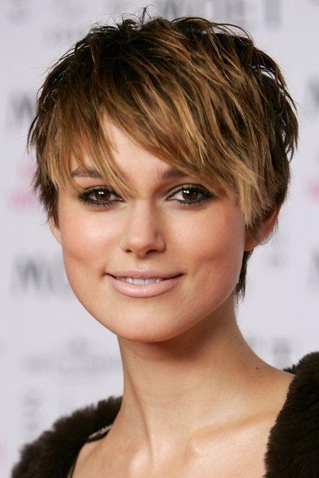 Kurze Haare Nach Hinten Stylen Frauen Frisuren Kurze Haare