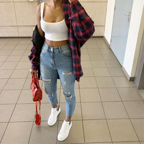 """Get Into This Style on Instagram: """"Wardrobe staples. 🤤😍😍 @iam.nxsh • Follow @getintothisstyle for more and tag #getintothisstyle • #streetstyle #prettylittlething…"""""""