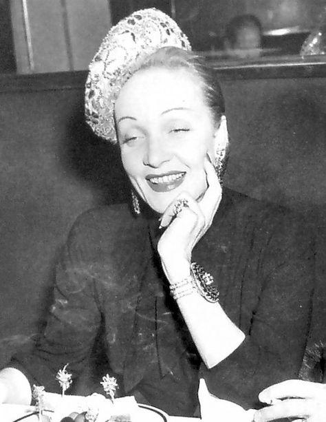 Cinema spettacolo fotografia danza e altro - Marlene Dietrich