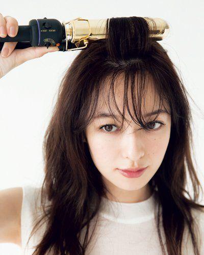 シースルーバングで韓国女優風な前髪 失敗知らずの切り方 ピンで作るやり方も 美的 Com 前髪 スタイル ヘアスタイリング 前髪 巻き方