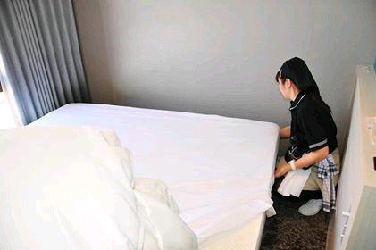 ホテル清掃員不足深刻 訪日客増 建設ラッシュの陰で 仕事ハード 応募少なく ホテル 建設 訪日
