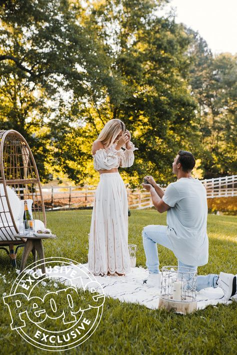 See Every Gorgeous Photo from Duck Dynasty Star Sadie Robertson's Engagement to Christian Huff - - The couple has been together for nine months. Classic Wedding Dress, Elegant Wedding, Dream Wedding, Romantic Weddings, Romantic Proposal, Sadie Robertson Dresses, Duck Dynasty Sadie, Surprise Engagement, Wedding Proposals