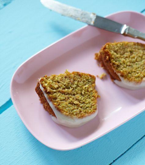 Ichbacksmir Gugelhupf Mit Mohren Und Zucchini Rezept Zucchini Karottenkuchen Karotten Kuchen Rezepte