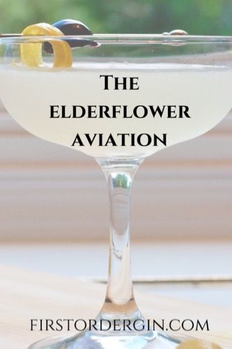 The Elderflower Martini cocktail recipe blends St. Germain liqueur with gin, lime juice and just a hint of dry vermouth. It's one of those mellow but delicious cocktails that's delicious with almost any food or on any occasion. Best Gin Cocktails, Beste Cocktails, Cocktails To Try, Gin Cocktail Recipes, Craft Cocktails, Summer Cocktails, Cocktail Drinks, Fun Drinks, Yummy Drinks
