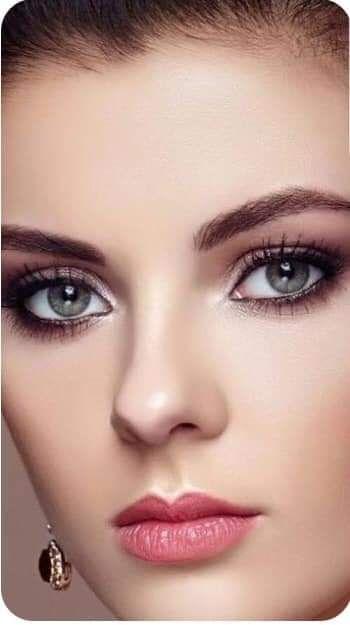 Pin By Hosin On أزياء النساء In 2020 Most Beautiful Faces Beautiful Girl Face Beautiful Women Faces