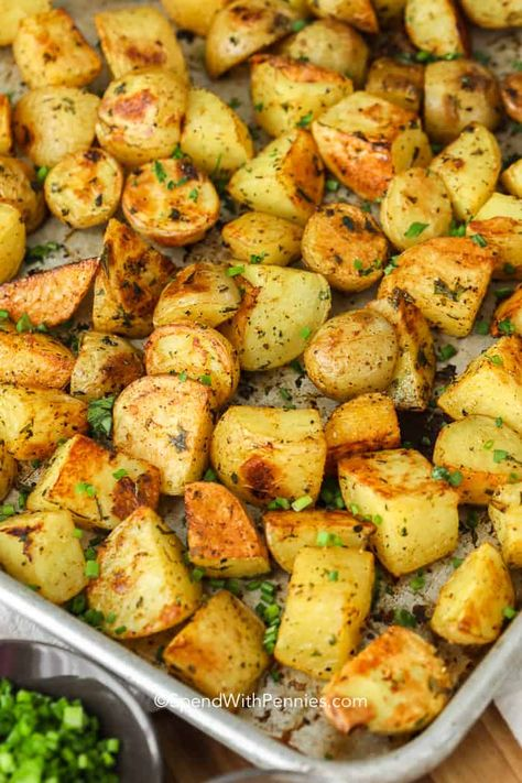 Oven Roasted Potatoes are a very simple but delicious side dish that goes with pretty much any meal! #spendwithpennies #easysidedish #roastedpotatoes #ovenroasted #potatoes #freshherbs