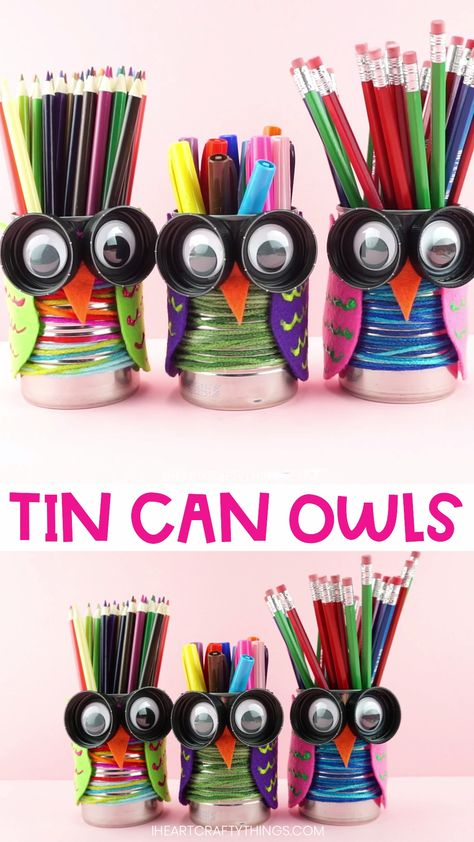This tin can owl craft is colorful and cute and is perfect for the fall season. Use the owls as pencil holders for all of your favorite pencils and markers. Could also make a great back to school teacher gift. Visit our website for more fun and easy crafts for kids. #iheartcraftythings