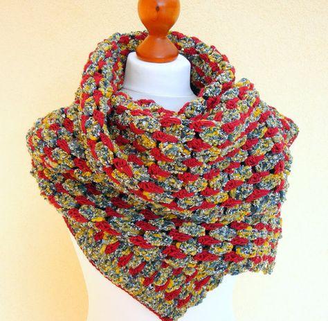 Häkelschal / Herbstmode multicolor Schattierungen von von donnaAda