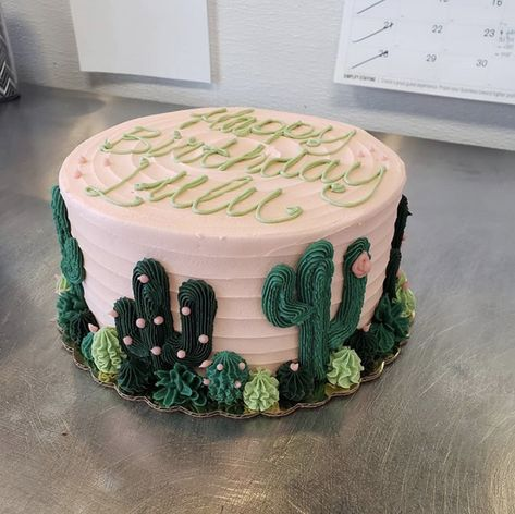 City Cakes & Cafe is a local Salt Lake hotspot. Locally owned and operated, we bring tasty vegan & gluten free treats to the Wasatch Front and beyond. Pretty Cakes, Beautiful Cakes, Amazing Cakes, Cake Cookies, Cupcake Cakes, Wilton Cakes, Mini Cakes, Buttercream Birthday Cake, 17 Birthday Cake