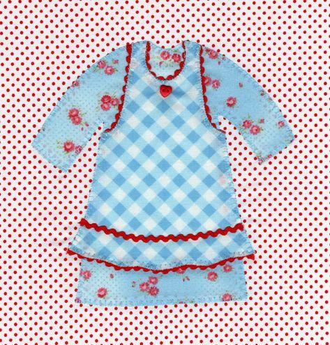 Little Dresses Quilt