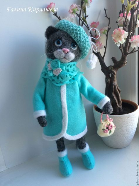 Needle felted cat doll