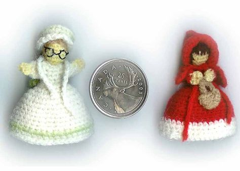 miniature Red Riding Hood Topsy Turvy doll free crochet pattern by Wendy Squires