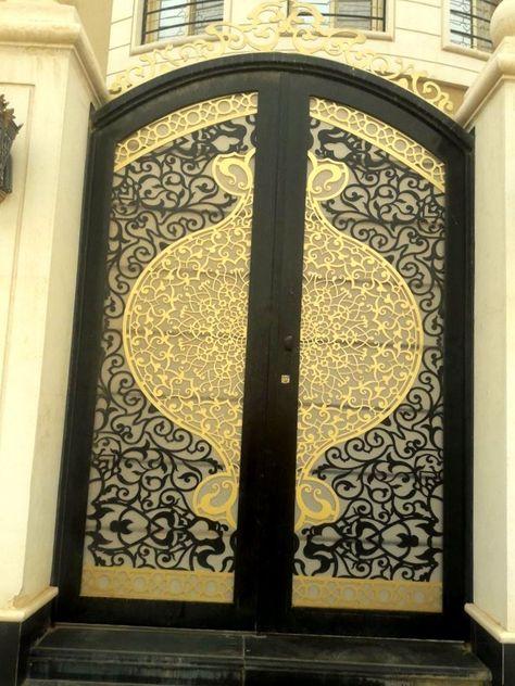 Pin By Suthar Paresh On Doors Bell Knocker Hendal Main Gate Design Gate Design Metal Gates