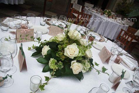 Fiori Bianchi E Verdi.Abbobbi Floreali Centrotavola E Bouquet A Tema Bianco Verde Con