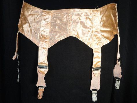 00667d25a76 vintage Satin garter Belt pinup Burlesque 40 s peach Shabby button European  L  Divatavrukesxita  Cocktail