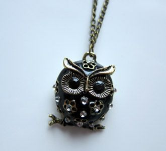 Black-Owl-Necklace