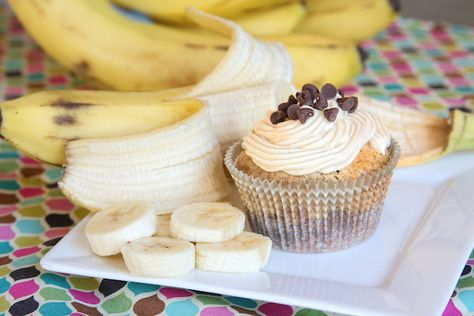 brownie banana bread cupcakes. i love those things.