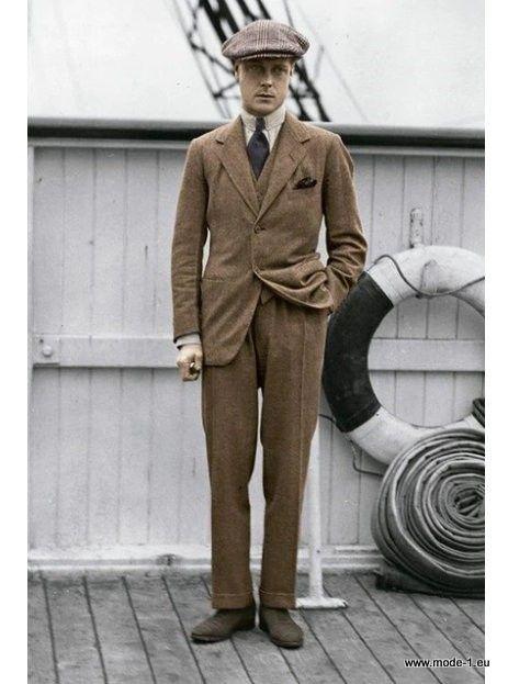 British Style Herren Anzug in Braun 3 Teilig Hose + Sakko +