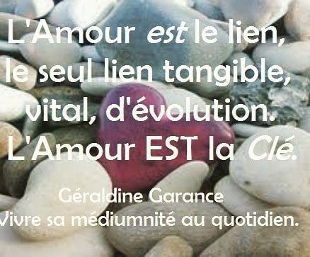 Geraldinegarance Geraldinegarancemedium Vivresamediumnite Medium Meditation Paix Amour Love Aimer Plenitude Serenite Bouddhisme Buddha Joie Namas