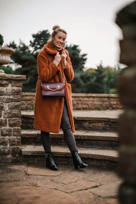 5 REASONS YOUR WARDROBE NEEDS A TEDDY BEAR COAT THIS SEASON - Fashion Mumblr
