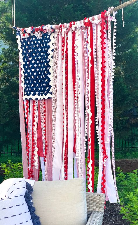 "How to Make a Whimsical ""Rag Flag"" — Jenny Reimold Patriotic Crafts, July Crafts, Summer Crafts, Holiday Crafts, Holiday Fun, Diy And Crafts, Holiday Decor, Patriotic Party, Holiday Parties"