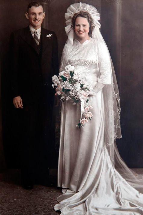 aeba53e498e Свадебные платья 1940 годов в раскрашенных фотографиях. Обсуждение на  LiveInternet - Российский Сервис Онлайн-Дневников