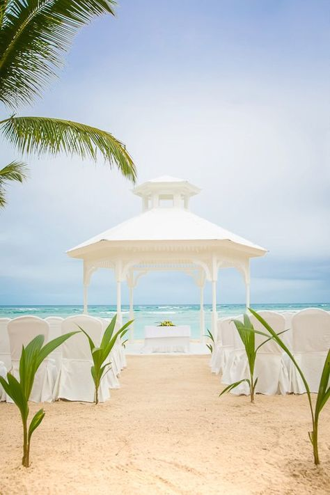 New beach wedding gazebo at Majestic Elegance!  Do you like it?  Many people prefer the huppa but this is very elegant! Take this coupon and travels to the Dominican Republic, 3% discount on renting houses, apartments and private room with Wimdu. #wimdu #airbnb #airbnbcoupon #puntacana #dominicanrepublic #honeymoon #wedding