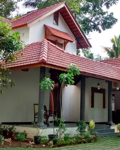 Residence For Jeena And Shiva Traditional Home Exteriors Kerala