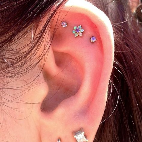 The 10 most inspiring Cartilage piercings ideas