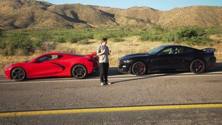 Shelby Gt500 Corvette C8 Acceleration Compared To Intriguing Result In 2020 Shelby Gt500 Gt500 Ford Mustang Shelby Gt500
