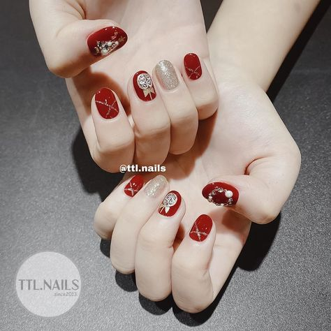 Excellent Photo Nail Art Red tone Style Fingernails or toenails utilized in the future with some colours. Reddish, purple and red. Ohio, in  #Art #Excellent #Nail #Photo #Red #Style #tone