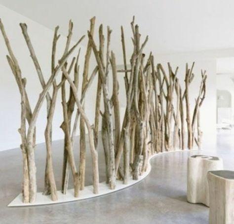 Cloison végétale à réaliser avec du bois flotté