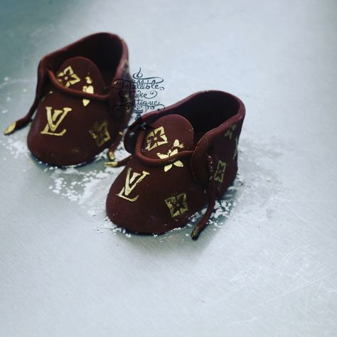 259 Best Baby shoes cake toppers images | Cute baby shoes