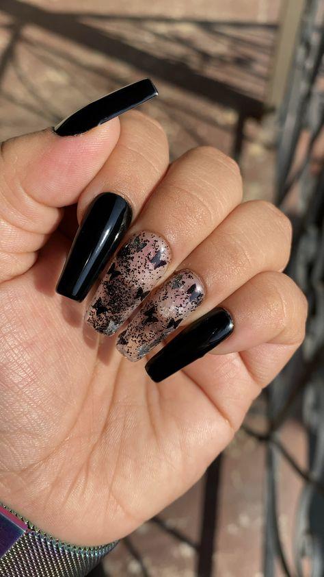 Black butterfly 🦋🖤