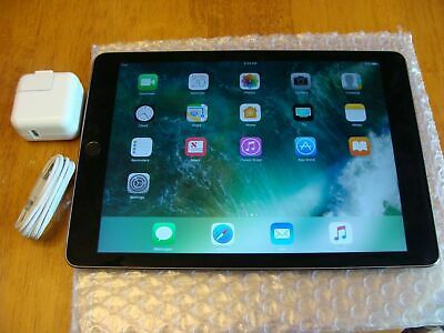 """Apple iPad Air 1st Gen 9.7/"""" 32GB MD786LL//A A1474 Space Gray Wi-Fi"""