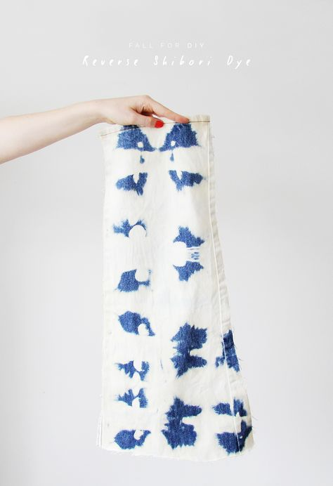 How to Reverse Indigo Shibori / Tie Dye - Fall For DIY