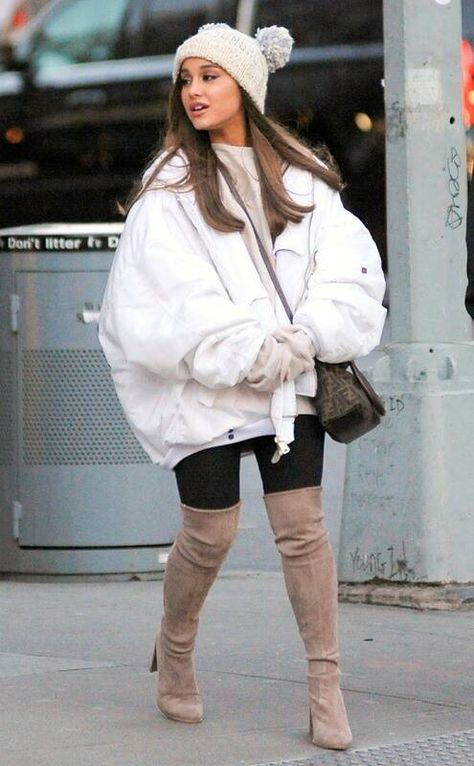 Ariana Grande Granted Restraining Order Against Fan Behind Alleged Trespassing - E! Online