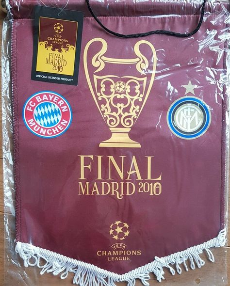 2010 CHAMPIONS LEAGUE FINAL BAYERN MÜNCHEN v INTER MILAN OFFICIAL UEFA PENNANT