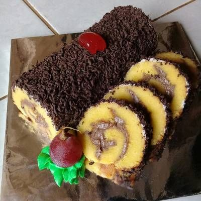 Resep Roll Cake Bolu Gulung Super Lembut Oleh Sukmawati Rs Cookpad Ide Makanan Makanan Manis Resep Makanan Penutup