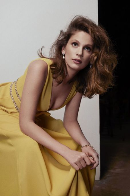 Farah Zeynep Abdullah Turkish Beauty Fashion Model