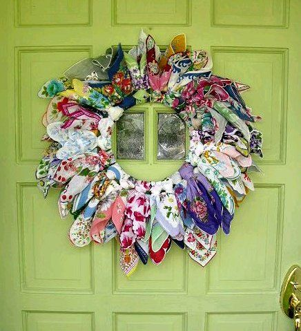 Dishfunctional Designs: Vintage Handkerchiefs & Scarves Upcycled and Repurposed Source by Ideas vintage How To Make Wreaths, Crafts To Make, Diy Crafts, Vintage Crafts, Upcycled Vintage, Vintage Linen, Vintage Doors, Antique Doors, Vintage Scarf