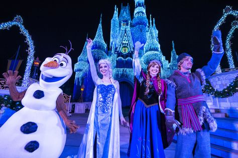 Frozen Christmas Special.Disney Season The Excitement Of Frozen Brings Special