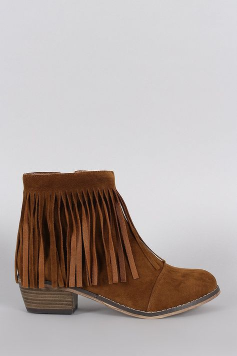 Description These cowgirl fringe detail at collar, stitching accents, and low stacked heel. Finished cushioned insole and soft interior lining for all day comfo