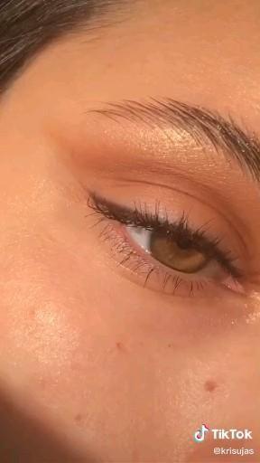 Jill Sharkey Jill Sharkey On Tiktok Blush Application Tip From A Pro Mua Learnontiktok Tiktokpartner Make Makeup Routine Blush Makeup How To Apply Blush
