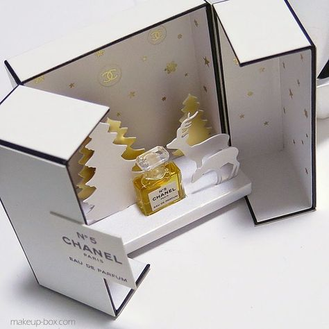 Chanel Pop Up Card Creation D Emballages Packaging Et